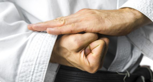 Les origines du karaté, art martial japonais