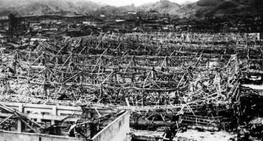 Pourquoi une deuxième bombe à Nagasaki ?